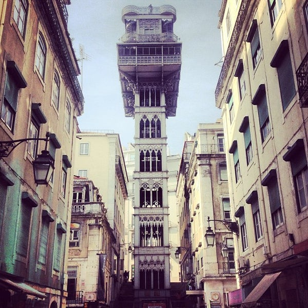 Photo taken at Elevador de Santa Justa by Pedro Henrique d. on 1/30/2013