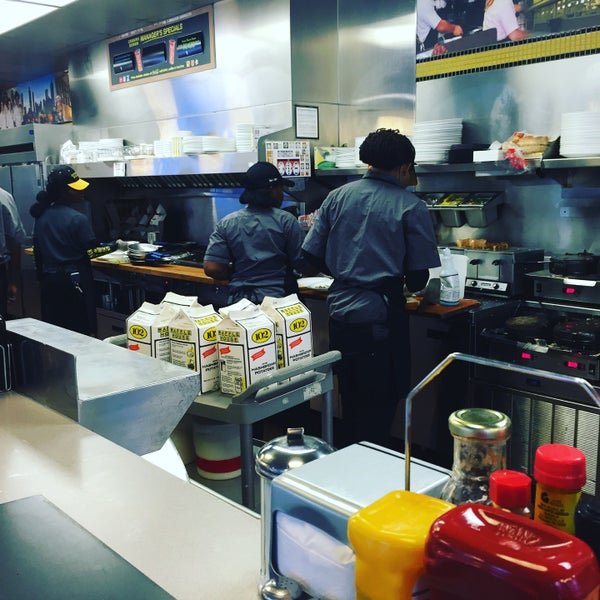 Photo taken at Waffle House by Mike F. on 10/28/2015