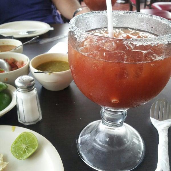Photo taken at Pozole y Tacos Regios by Rolaz R. on 4/27/2013