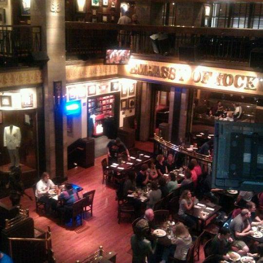 Photo taken at Hard Rock Cafe Washington DC by Dilara H. on 9/19/2011