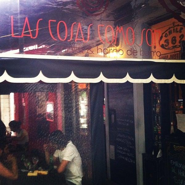 Photo taken at Las cosas como son by Marcelo Q. on 11/20/2011