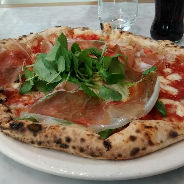 Photo taken at Franco Manca by Martin D. on 2/8/2015