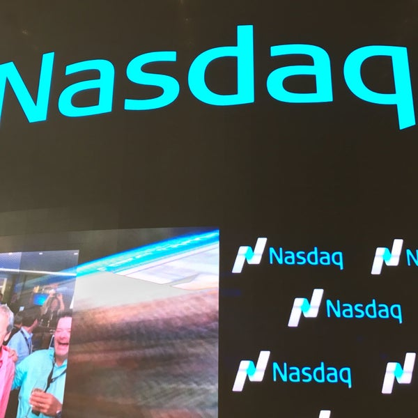 Photo taken at Nasdaq Marketsite by Benny W. on 11/1/2016