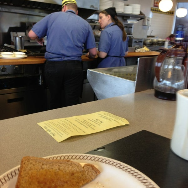 Photo taken at Waffle House by Jay C. on 1/12/2013