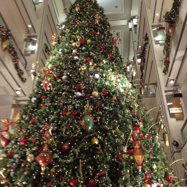 Photo taken at 900 North Michigan Shops by Abhay S. on 12/18/2012