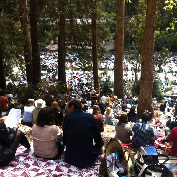 Photo taken at Sigmund Stern Grove by Oriol S. on 8/18/2013
