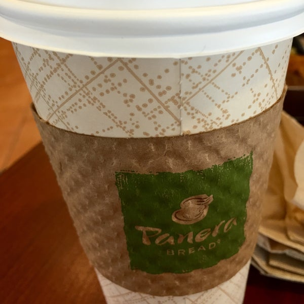 Photo taken at Panera Bread by Jong-Jing P. on 3/28/2015