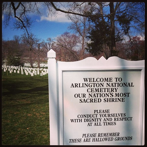 Photo taken at Arlington National Cemetery by Narciso A. on 3/22/2013
