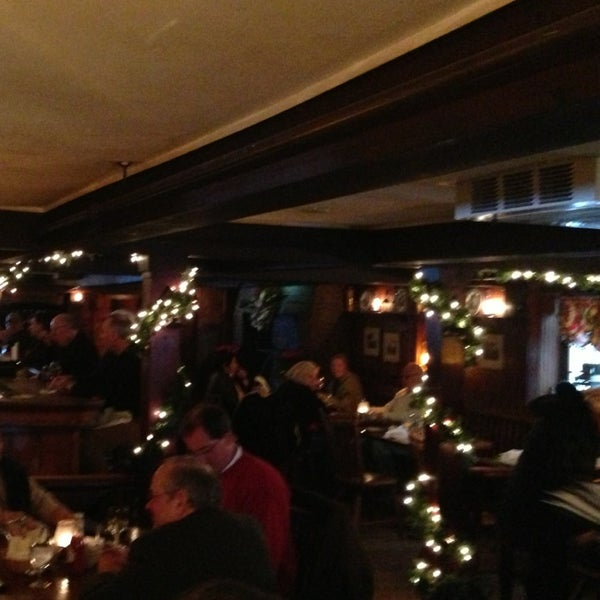 Photo taken at Beekman Arms-Delamater Inn by Gastro C. on 12/31/2012