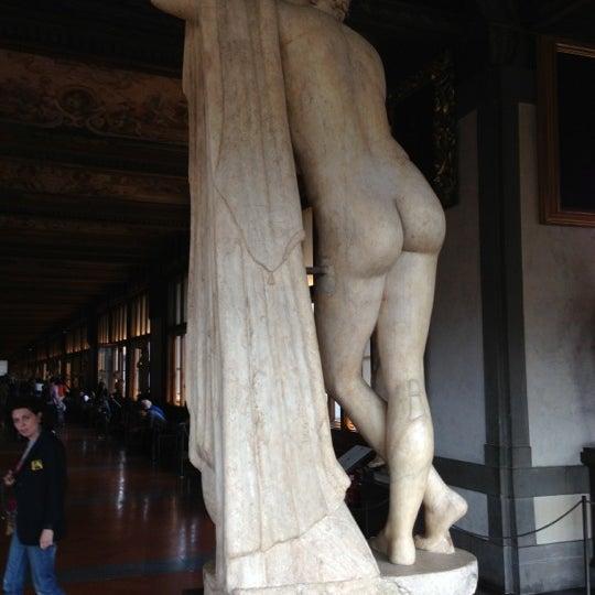Photo taken at Galleria degli Uffizi by Thomas K. on 10/7/2012