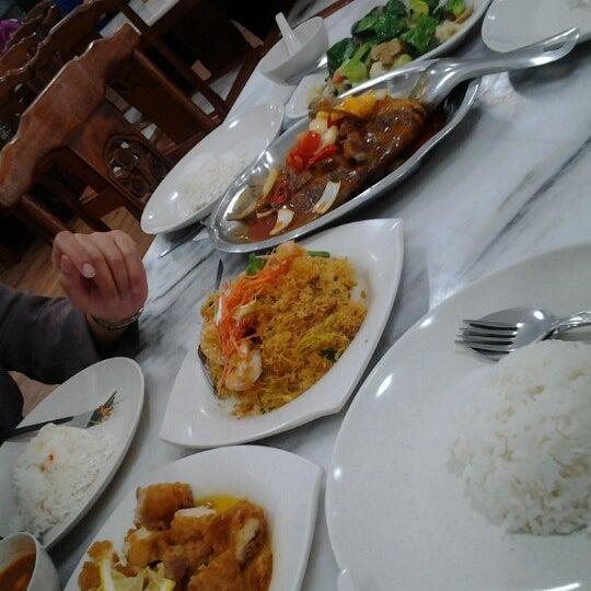 Photo taken at Homst Restaurant by Fadzliana B. on 10/9/2012