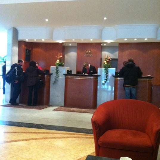 Photo taken at Hotel Royal by Рамиль А. on 11/5/2012