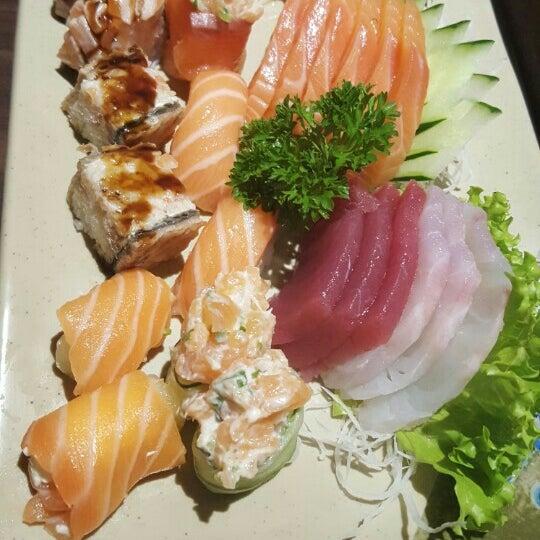 Photo taken at Joy Sushi by Natália P. on 9/18/2015