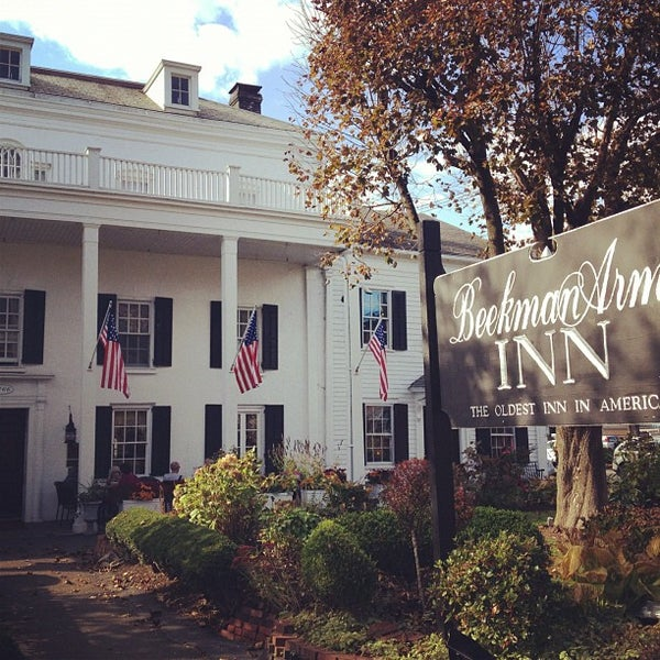 Photo taken at Beekman Arms-Delamater Inn by Brian S. on 10/21/2012