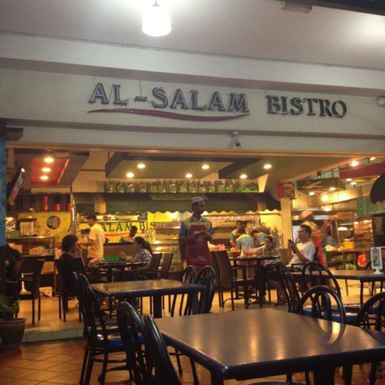 Photo taken at Al Salam Bistro by Azhar on 10/15/2012
