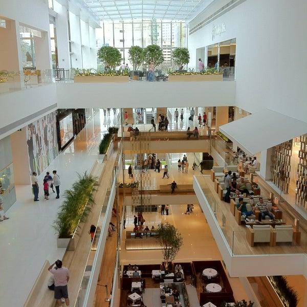 Photo taken at Shopping JK Iguatemi by Cleber V. on 2/17/2013