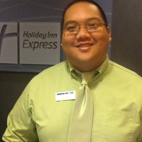 Photo taken at Holiday Inn Express by Stacey B. on 1/10/2013