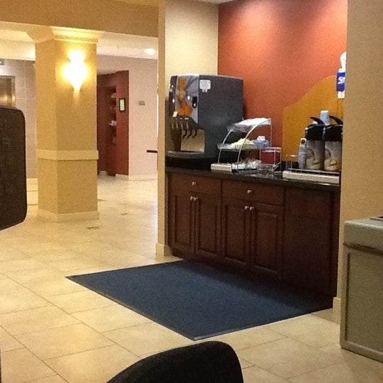 Photo taken at Holiday Inn Express by Stacey B. on 11/26/2012