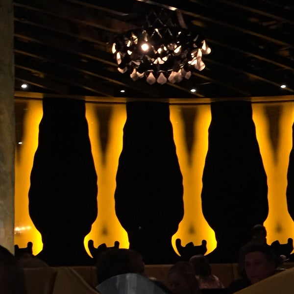 Photo taken at Jean Georges Steakhouse by Mark on 3/21/2016