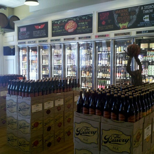 Photo taken at The Bruery Provisions by Jen R. on 10/21/2012