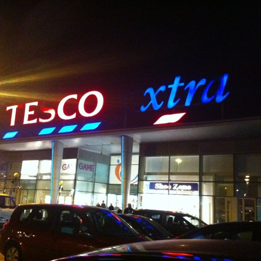 Photo taken at Tesco by Marisa on 10/20/2012