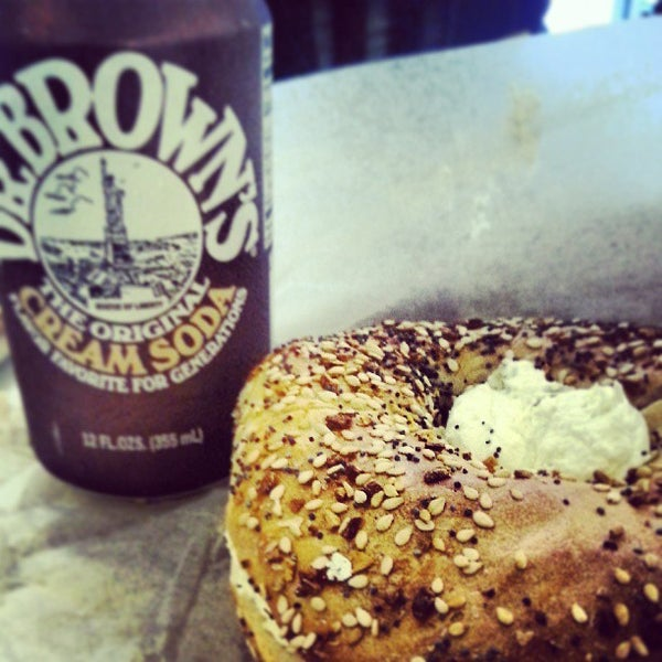 Photo taken at Murray's Bagels by Zoya D. on 7/13/2013