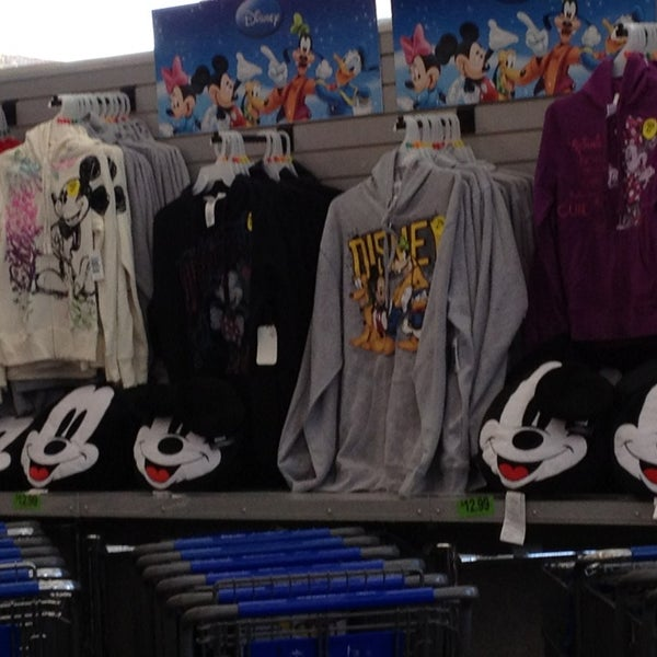 Photo taken at Walgreens by Kym H. on 1/20/2013