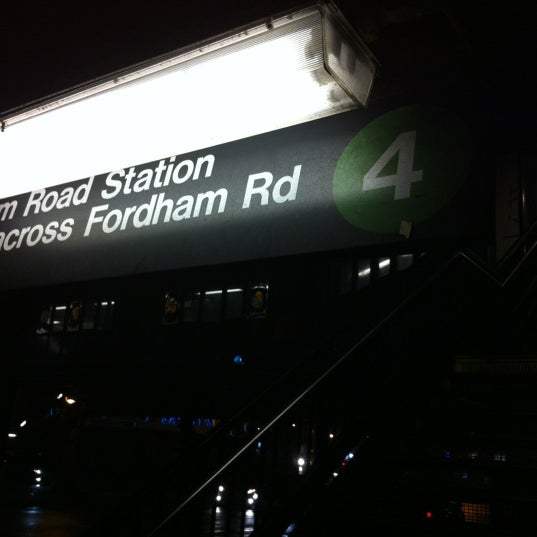 Photo taken at MTA Subway - Fordham Rd (4) by Manny Machete D. on 1/14/2013