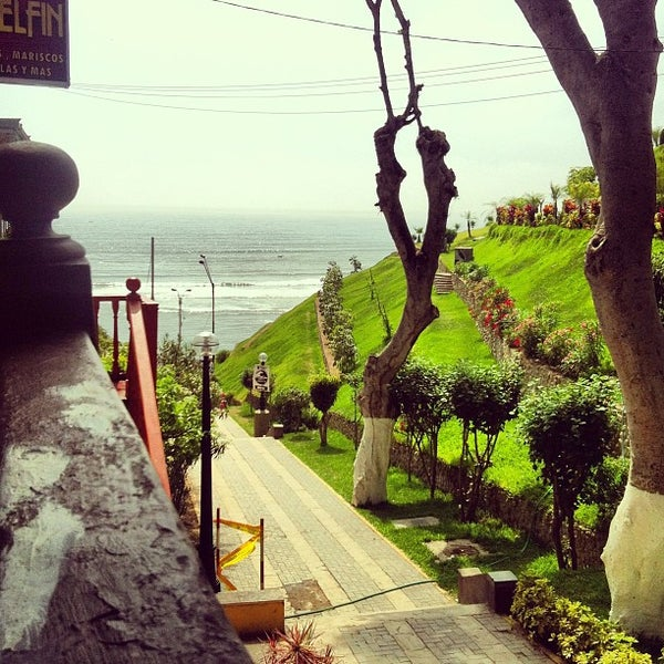 Bajada de ba os scenic lookout in barranco for Banos hediondos de barranco blanco