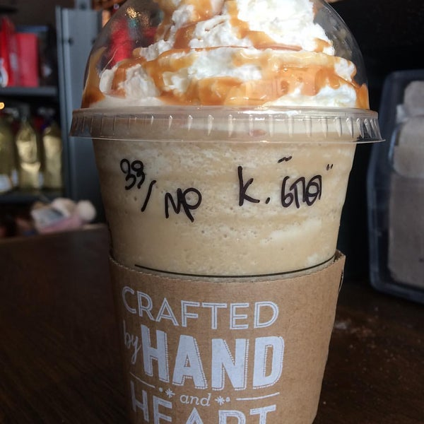 Photo taken at Starbucks by Tikamporn L. on 11/23/2016