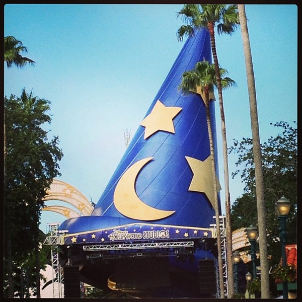 Photo taken at Disney's Hollywood Studios by Rachel R. on 5/22/2013