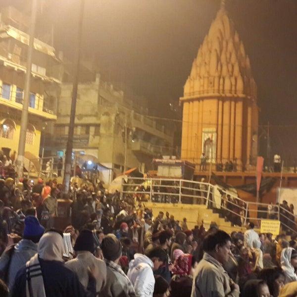 Photo taken at Dasaswamedh Ghat by JiNa K. on 12/22/2014
