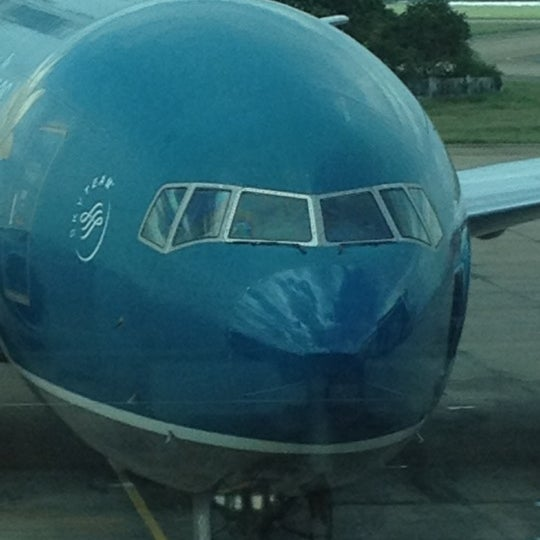 Photo taken at Tan Son Nhat International Airport (SGN) by Blair on 11/25/2012