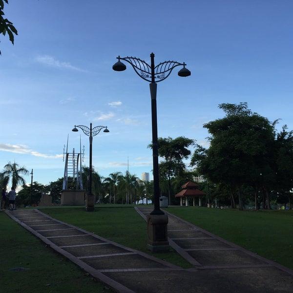 Photo taken at Taman Rekreasi Pudu Ulu by Mazlan M. on 12/31/2016