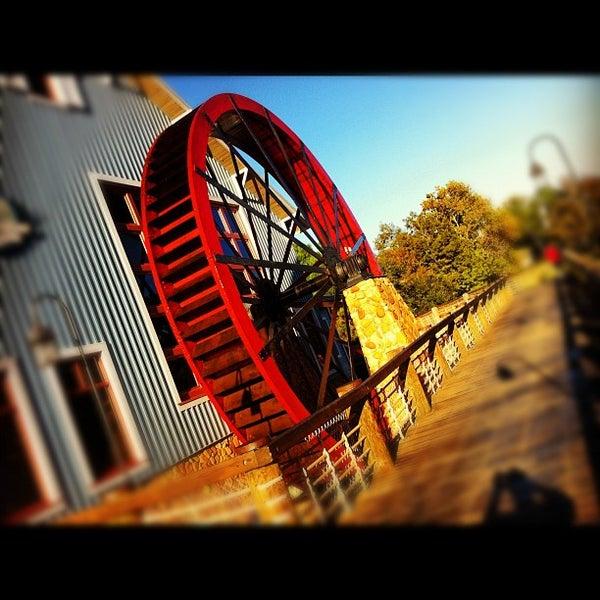 Photo taken at Disney's Port Orleans Riverside Resort by Michael G. on 11/6/2012