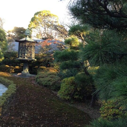 Photo taken at Nezu Museum by kyocorin on 12/11/2012