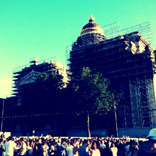 Photo taken at Justitiepaleis / Palais de Justice by Jean-Philippe S. on 7/28/2013