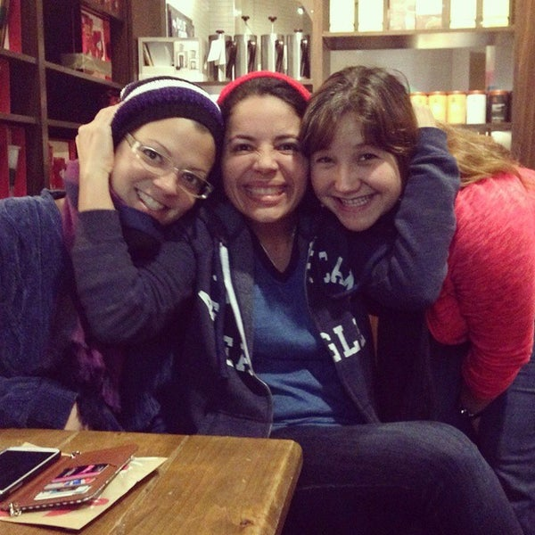 Photo taken at Starbucks by Berenice F. on 12/29/2014