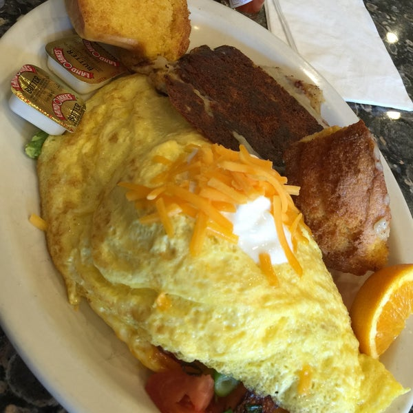Photo taken at Ball Square Cafe by Foodiespr on 8/3/2015