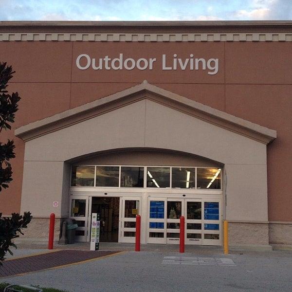 Photo taken at Walmart Supercenter by Jayson W. on 9/28/2013