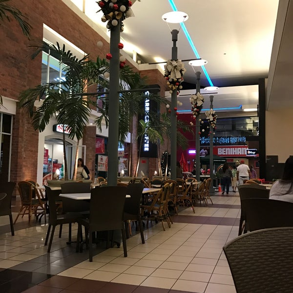 Photo taken at Centro Comercial El Paseo by Grace B. on 12/4/2016