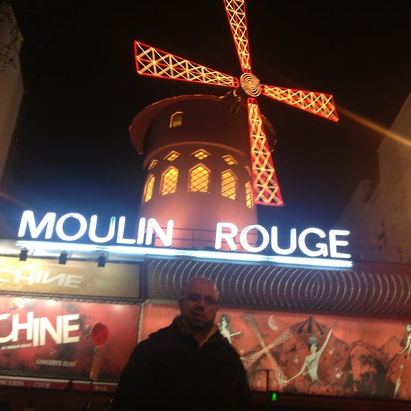 Photo taken at Moulin Rouge by Abdurrezzak G. on 3/15/2014