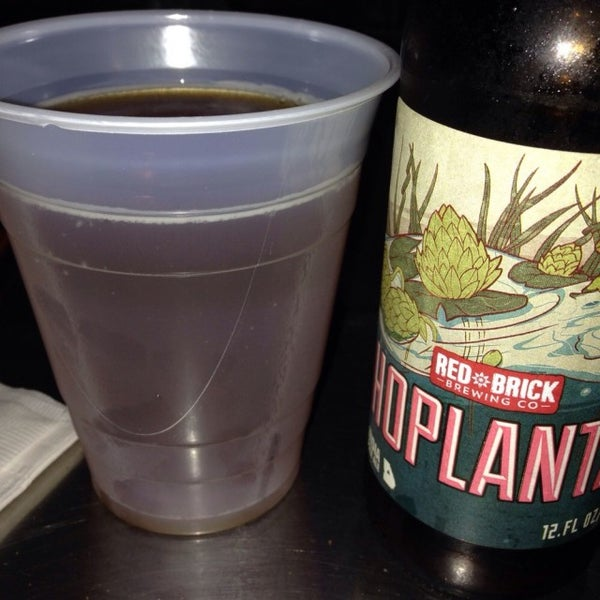 Photo taken at Sharkeys Beer & Wine by Jeff B. on 2/7/2015