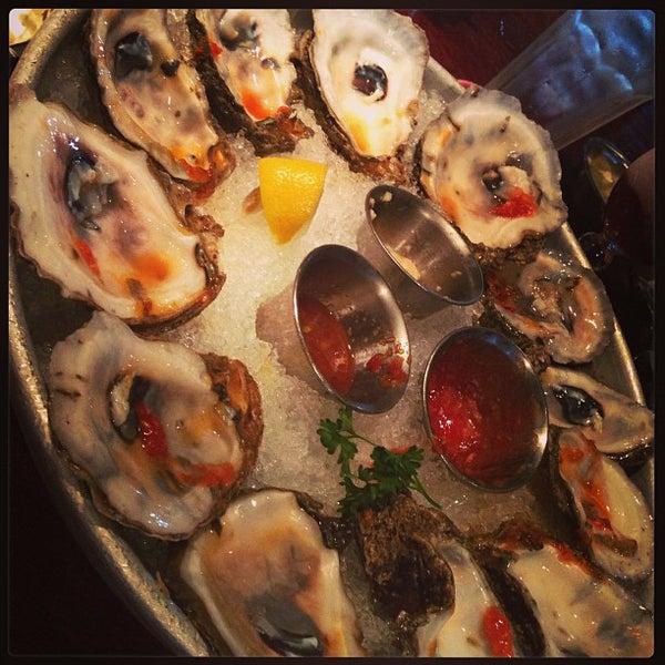 Photo taken at Pappadeaux Seafood Kitchen by Martin E. on 4/6/2013