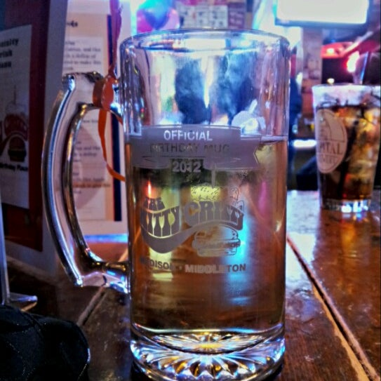 Photo taken at Nitty Gritty Restaurant & Bar by Jaci P. on 10/15/2012