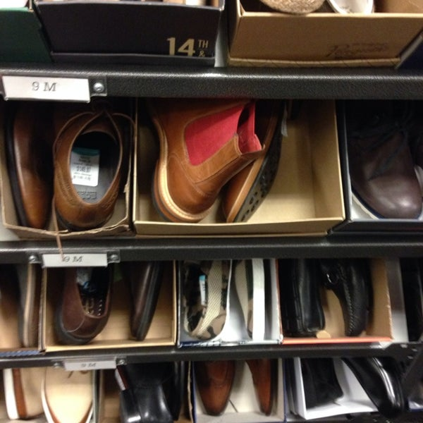 Photo taken at Nordstrom Rack Sugarhouse by Angel E. on 5/9/2014