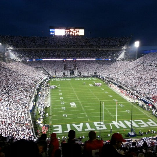 Photo taken at Beaver Stadium by Kevin H. on 10/27/2012