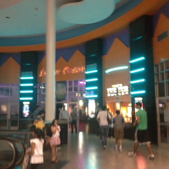 Lakeline mall movie