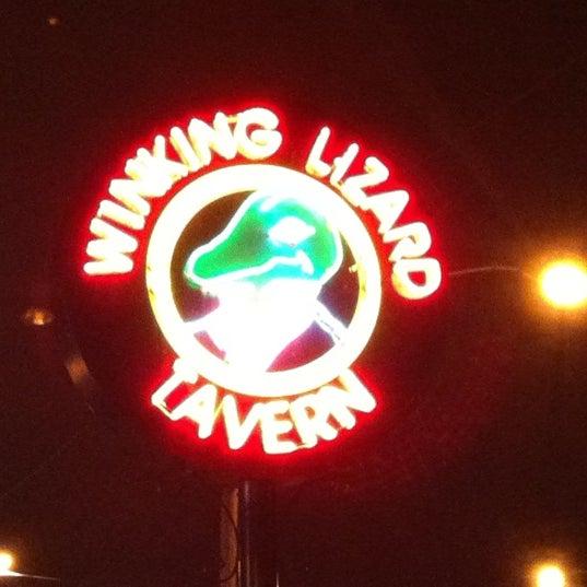 Photo taken at Winking Lizard Tavern by ❄Pavan S. on 9/18/2012