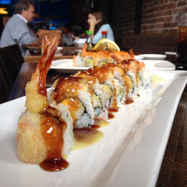 Photo taken at Blue Sushi Sake Grill by Bruce on 10/18/2013